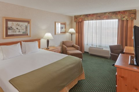 Holiday Inn Express BILLINGS - King Bed Guest Room