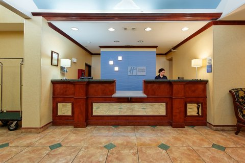 Holiday Inn Express CROCKETT - Front Desk