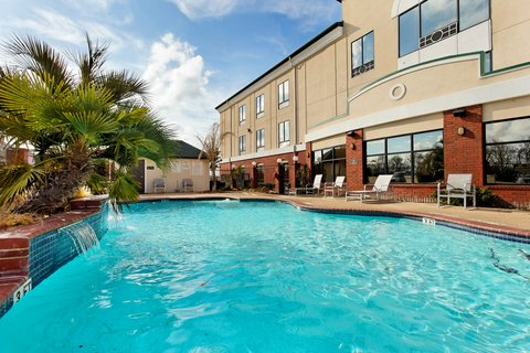 Holiday Inn Express CROCKETT - Swimming Pool
