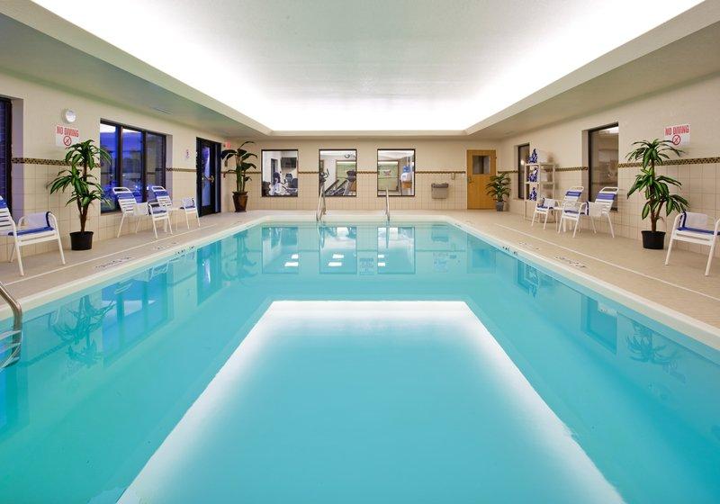 Holiday Inn Express & Suites Detroit - Utica in Utica, MI, photo #5