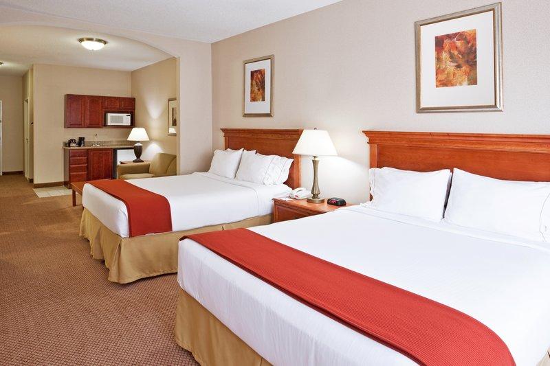Holiday Inn Express & Suites Detroit - Utica in Utica, MI, photo #13