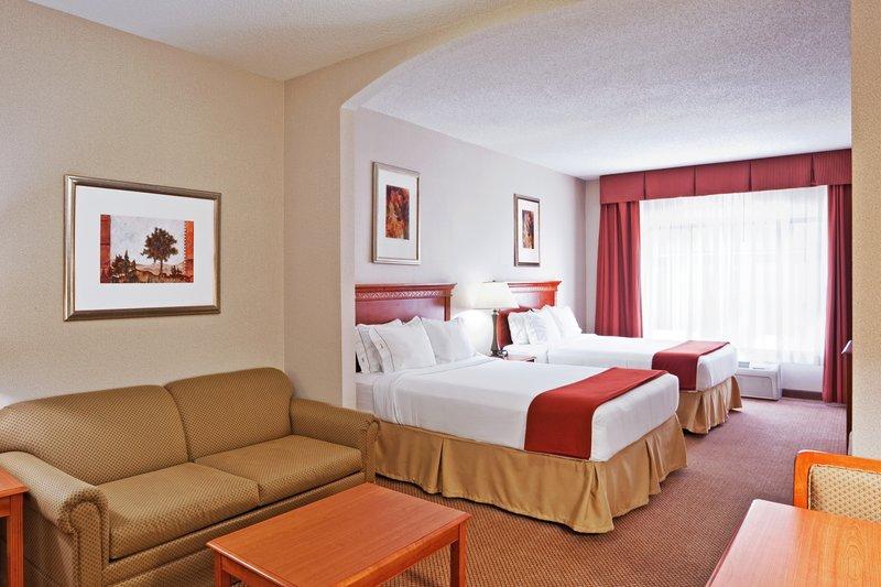 Holiday Inn Express & Suites Detroit - Utica in Utica, MI, photo #15