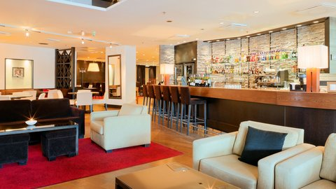 Crowne Plaza HELSINKI - Bar Code is the right place to relax with a refreshing drink
