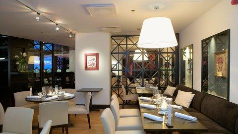 Crowne Plaza HELSINKI - Restaurant Macu offers Mediterrainean cuisine