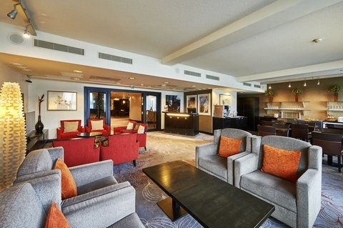 Crowne Plaza HELSINKI - Club Lounge is located on the top floor of the hotel