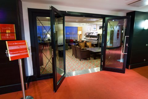 Crowne Plaza HELSINKI - When you book a Club room you are welcome to our Club Lounge