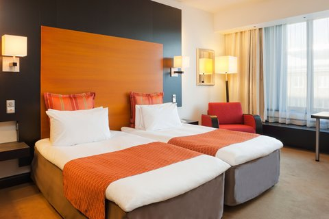 Crowne Plaza HELSINKI - Our Twin Bed Rooms offer you comfortable sleeping experience