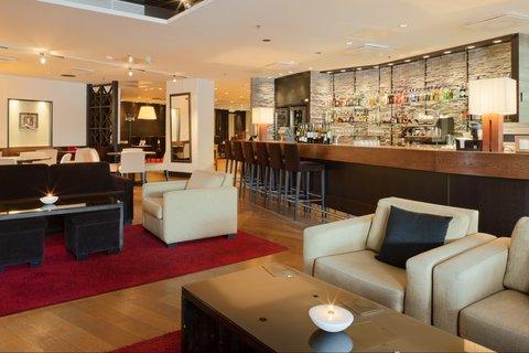Crowne Plaza HELSINKI - Bar Code and Lounge next to restaurant Macu