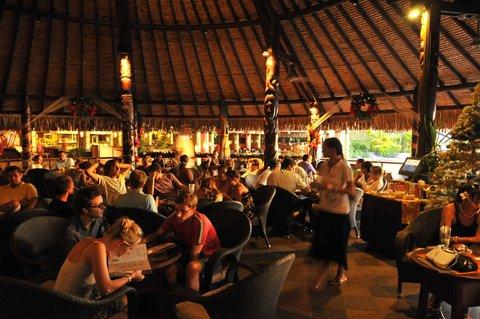 Intercontinental Resort Tahiti - Happy Hour at the Tiki Bar