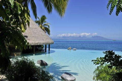 Intercontinental Resort Tahiti - Le Lotus Swim-up Bar