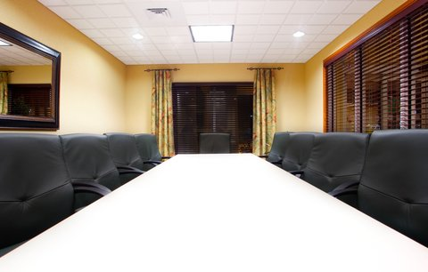 Holiday Inn Express & Suites LAKE ZURICH-BARRINGTON - Meeting Room