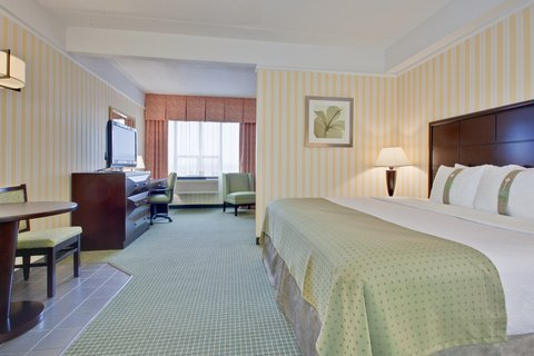 Holiday Inn Hotel And Suites Windsor Ambassador Bridge - Executive Room