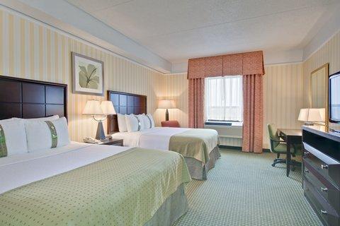 Holiday Inn Hotel And Suites Windsor Ambassador Bridge - Two Queen Bedroom