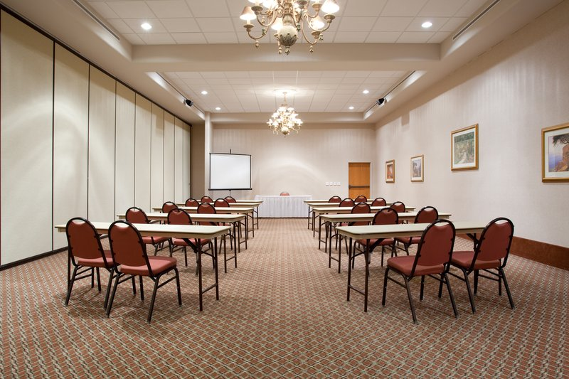 Holiday Inn Express ALBUQUERQUE SOUTH - BELEN - Belen, NM