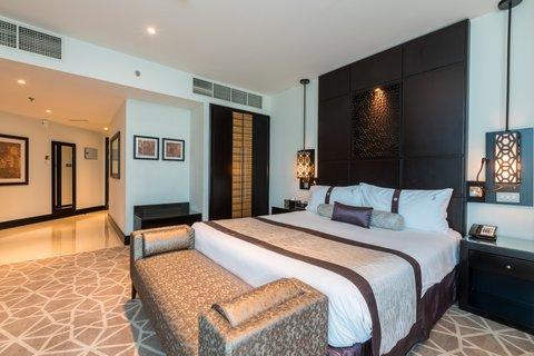 فندق هوليدي ان البرشا - 1 Kind Bed Executive Club Non Smoking