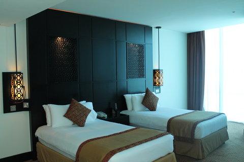 فندق هوليدي ان البرشا - Comfortable Executive Room for 2