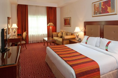 Holiday Inn BUR DUBAI - EMBASSY DISTRICT - Stay Relaxed in our spacious   well appointed rooms