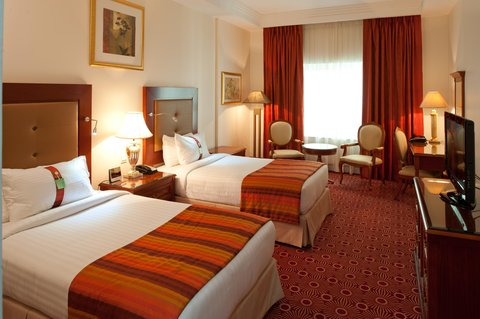 Holiday Inn BUR DUBAI - EMBASSY DISTRICT - Stay relaxed in our spacious Twin bed rooms