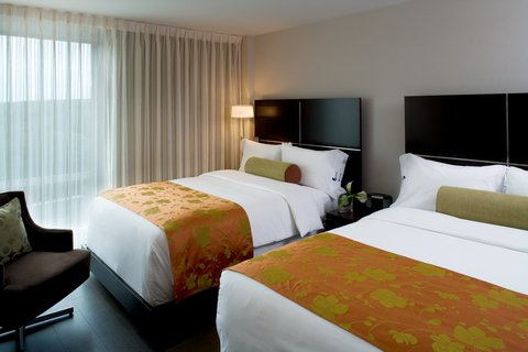 Hotel Indigo BOSTON-NEWTON RIVERSIDE - Double Bed Rooms with contemporary style and luxury appointments