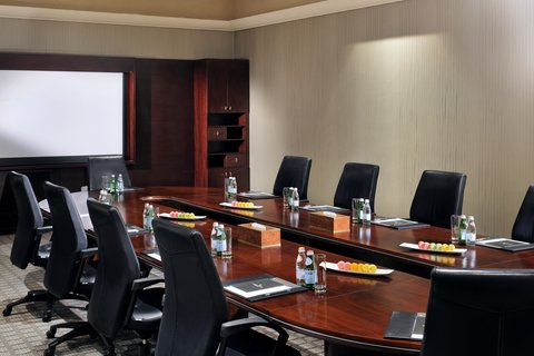 فندق إنتركونتيننتال أبو ظبي  - Executive Boardroom