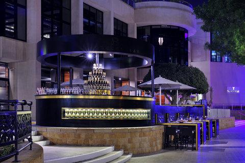 فندق إنتركونتيننتال أبو ظبي  - Bottega Bar
