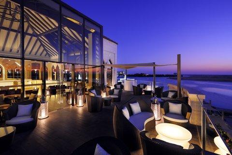 فندق إنتركونتيننتال أبو ظبي  - Byblos Sur Mer