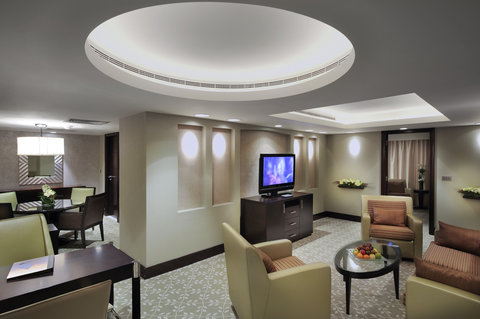 فندق إنتركونتيننتال أبو ظبي  - Emirates Suite
