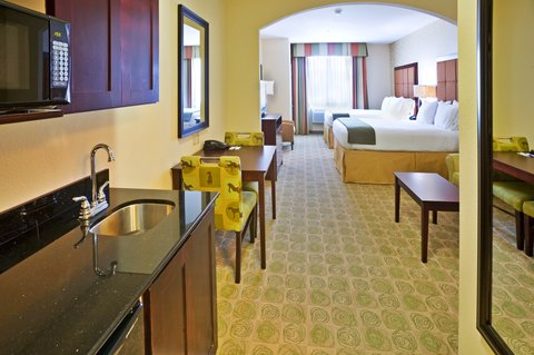 Holiday Inn Express & Suites DALLAS EAST - FAIR PARK - Double Bed Guest Room
