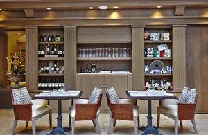 I Sofà: design restaurant serving traditional local specialties
