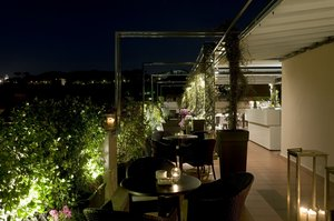 The Roof Top Bar & Restaurant is open for lunch and dinner