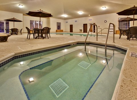 Holiday Inn Express Hotel & Suites Council Bluffs Conv Ctr Area - Swimming Pool