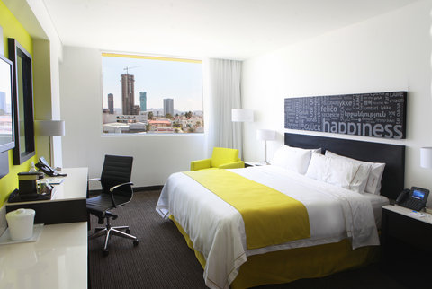 Holiday Inn Express & Suites PUEBLA ANGELOPOLIS - Single Bed Guest Room