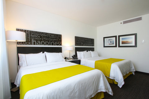 Holiday Inn Express & Suites PUEBLA ANGELOPOLIS - Double Bed Guest Room