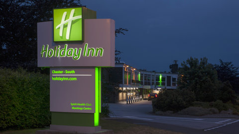 Holiday Inn CHESTER - SOUTH - Entrance to the Hotel