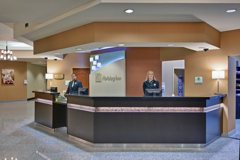 Holiday Inn Hotel And Suites Windsor Ambassador Bridge - Checking-In