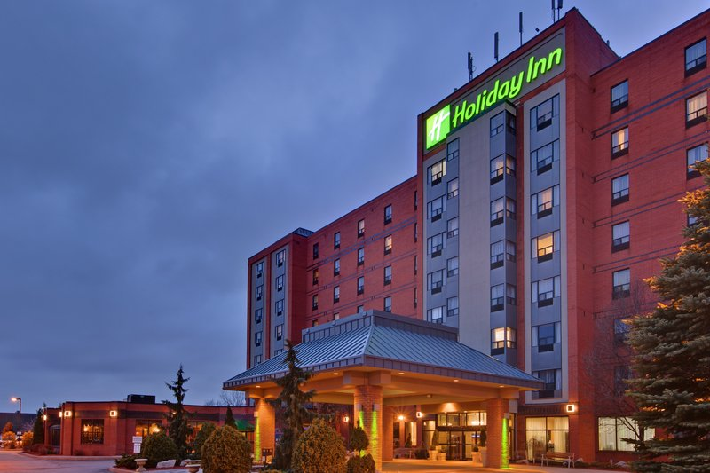 HOLIDAY INN AMBASSADOR BRIDGE