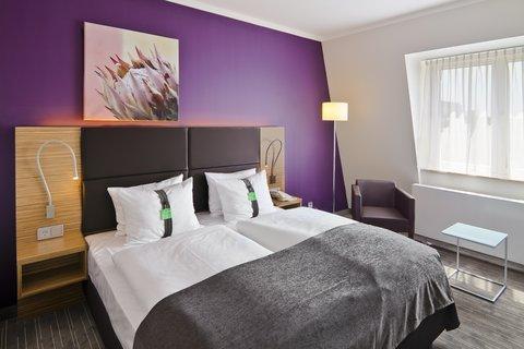Holiday Inn LEIPZIG - GÜNTHERSDORF - Comfort Room with Kingsize Bed