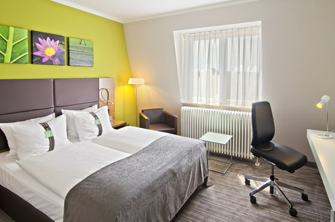 Holiday Inn LEIPZIG - GÜNTHERSDORF - Comfort Room with Queensize Bed