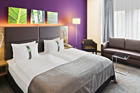 Holiday Inn LEIPZIG - GÜNTHERSDORF - Double Bed Comfort Room with Sofabed
