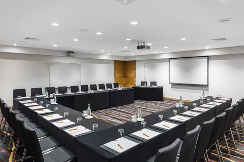 Crowne Plaza AUCKLAND - Meeting Room