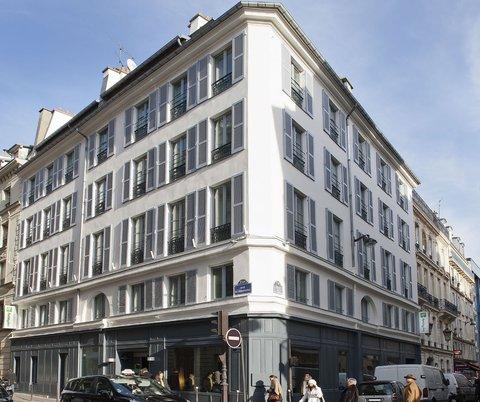 Holiday Inn PARIS - ELYSÉES - Hotel Exterior