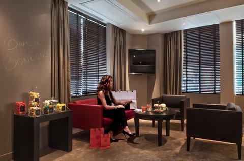 Holiday Inn PARIS - ELYSÉES - Lobby Lounge