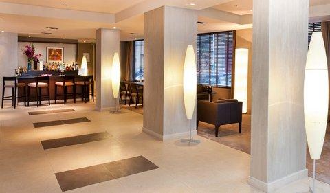 Holiday Inn PARIS - ELYSÉES - Hotel Lobby and bar