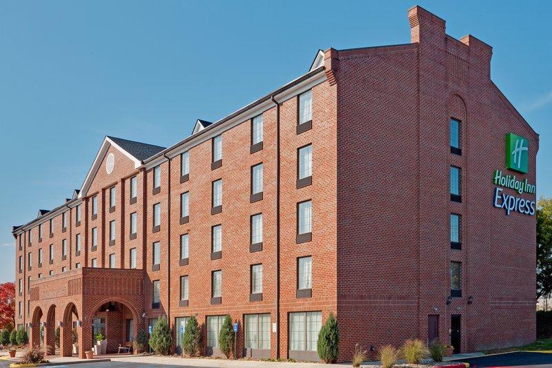 Holiday Inn Express HARRISBURG EAST - Venango, PA