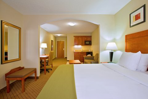 Holiday Inn Express & Suites GOSHEN - King Bed Suite