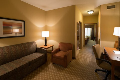 Holiday Inn Express & Suites CHICAGO WEST-ROSELLE - Large Suite with 2 Queen Beds and Separate Sitting Area