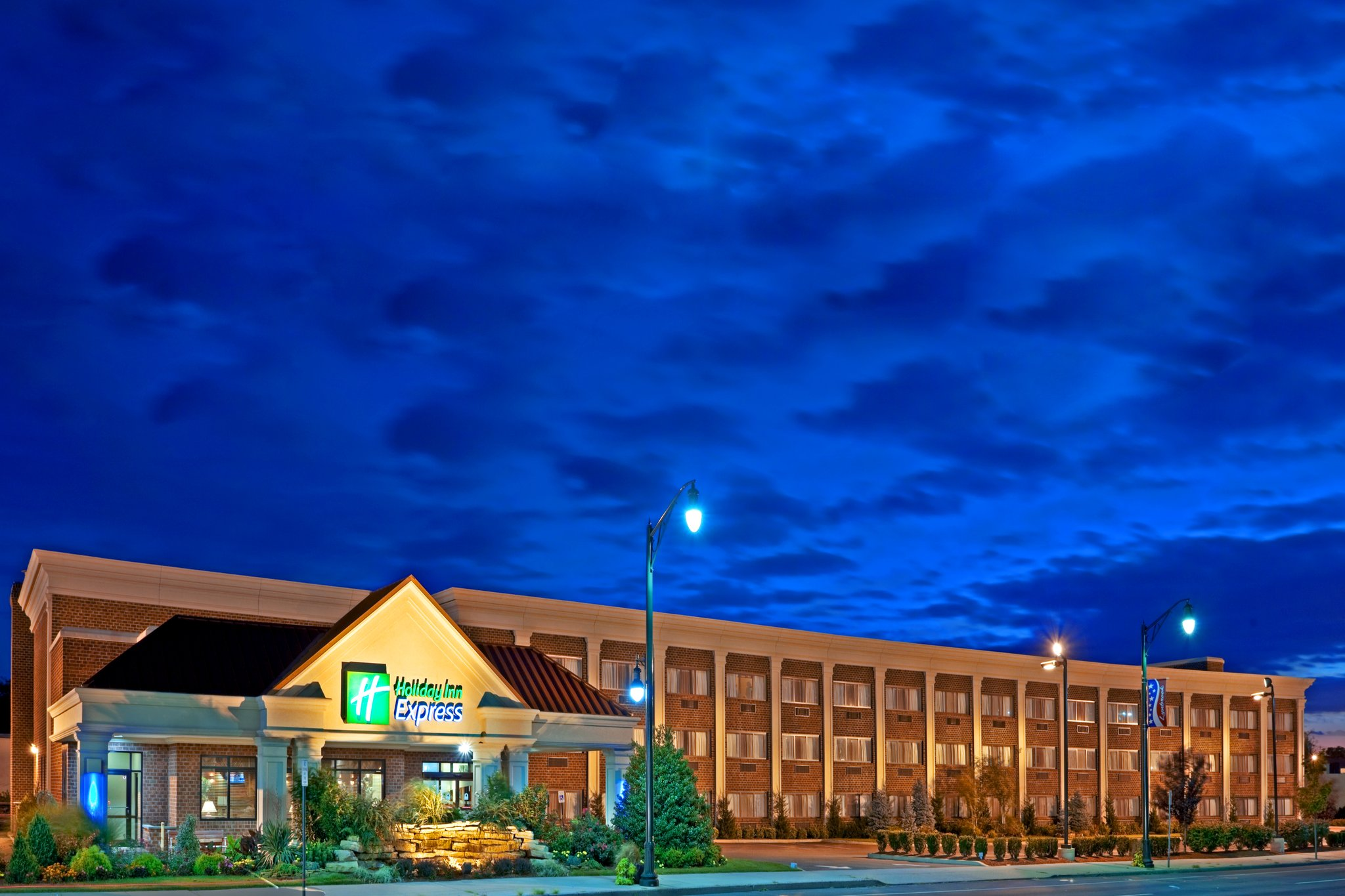Holiday Inn Exp Lynbrook-Rockville Ctr