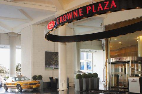 Crowne Plaza City Center Tel Aviv - Entrance