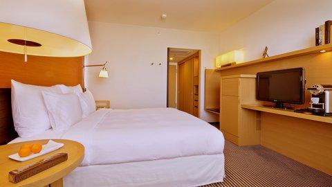انتركوتيننتال جنيف - Enjoy a spacious Deluxe Room enhanced by amazing views on Geneva