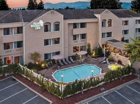Napa Winery Inn, An Ascend Hotel Collection Member - Outdoor Pool